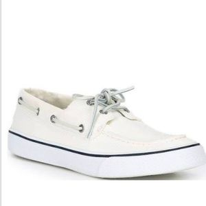 New Sperry Topsider lace boat Shoes